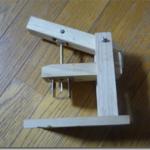 木の実の穴あけ器の折れた針の補修