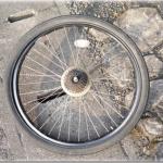 電動アシストクロスバイクハリヤの消耗したタイヤを格安品に取り替えました。