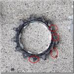 電動アシストクロスバイクハリヤの完組ホイル付属のDNP社製(だと思う)のスプロケットのギヤが欠けたので、交換しました。